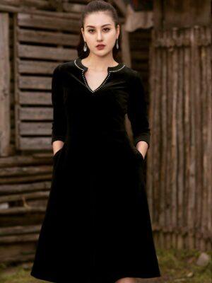 Váy đầm nhung đính trai cổ Black 9
