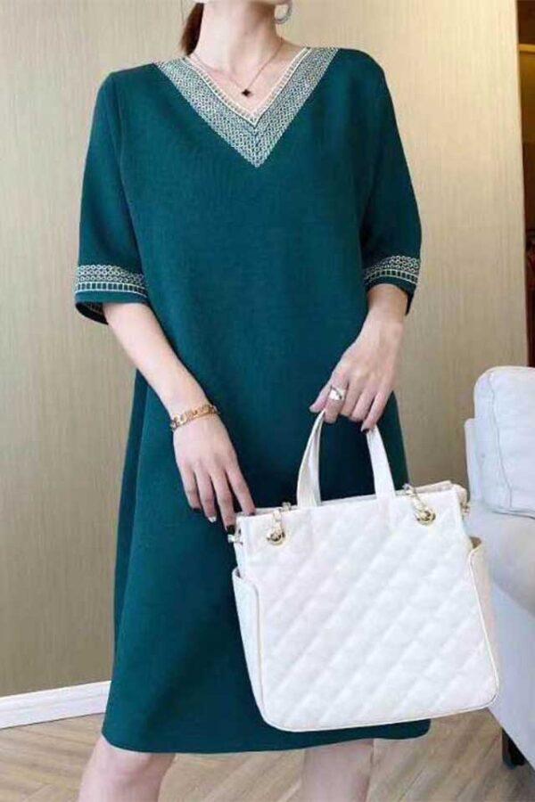 Váy đầm len cổ tim Green 1