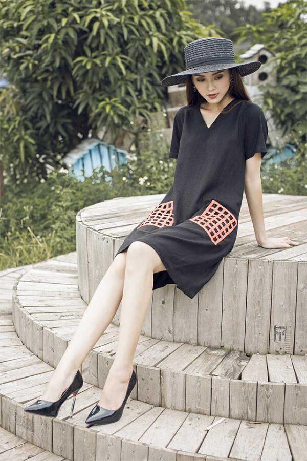 Váy đâm túi đan Black 2