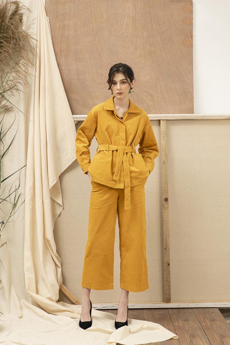 Hình ảnh: Biến hóa phong cách với xu hướng diện Blazer cho mùa Thu Đông 2020